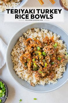 This Ground Turkey Recipe with Teriyaki Sauce and veggies on top of a big bowl o. - This Ground Turkey Recipe with Teriyaki Sauce and veggies on top of a big bowl of steamed rice make - Sauce Teriyaki, Teriyaki Chicken, Chicken Rice, Steamed Chicken, Teriyaki Bowl, Diced Chicken, Butter Chicken, Garlic Butter, Healthy Recipes