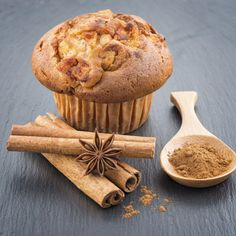 Delicious apple muffins with cinnamon - sweet food Mini Desserts, Apple Desserts, Vegan Desserts, Pan Dulce, Muffin Recipes, Cupcake Recipes, Mexican Food Recipes, Sweet Recipes, Cookies Cupcake