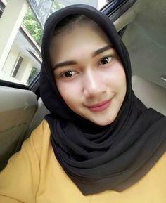 Hijaber Cantik Indonesia 2018 Girls In Love, Dan, Instagram, Fashion, Moda, Fashion Styles, Fashion Illustrations