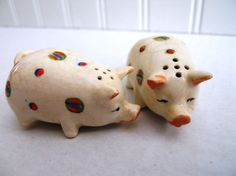 jlspAdorable Spotted Pig Salt and Pepper Shakers by mamiezvintage, $12.95