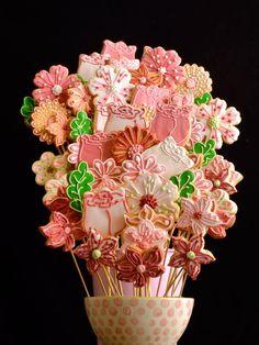 Concepção de Bouquet de flores em tons de rosa e preço http://ift.tt/2rhLMxN