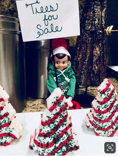 Most recent Photos Awesome Elf on the Shelf Ideas for Kids - DIY Sweetheart Thoughts Awesome Elf on the Shelf Ideas for Kids – DIY Sweetheart Awesome Elf o Xmas Elf, Merry Christmas, Kids Christmas, Awesome Elf On The Shelf Ideas, Elf On The Shelf Ideas For Toddlers, Elf Is Back Ideas, Elf Auf Dem Regal, Kaya, Elf Magic