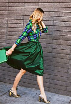 Full Skirt, Madewell Green Flannel, Christmas, Green on Green, Green and Party Skirt,Green Skirt, JCrew Sequin Pumps, T JCrew Tassle Necklace, Fashion Blogger, Caitlin Lindquist, A Little Dash of Darling