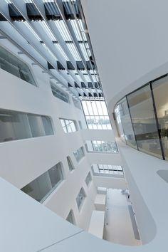 Library and Learning Centre University of Economics Vienna / Zaha Hadid Architects