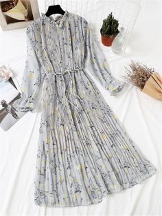Tidebuy Pleated Floral Printing Women's Maxi Casual Dress The Effective Picture. Tidebuy Pleated Floral Printing Women's Maxi Casual Dress The Effective Pictures We Offer You Ab Lovely Dresses, Modest Dresses, Trendy Dresses, Modest Outfits, Elegant Dresses, Vintage Dresses, Casual Dresses, Fashion Dresses, Floral Dress Outfits
