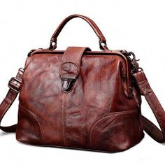 Best Vintage Leather Bags Purses Here! Fall Handbags, Burberry Handbags, Prada Handbags, Purses And Handbags, Burberry Purse, Fossil Handbags, Cheap Purses, Cross Body Handbags, Travel