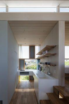 House Passage of Landscape, Toyota, 2014 - ihrmk #kitchen #japan