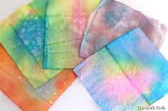 scrunch dyed paper towel