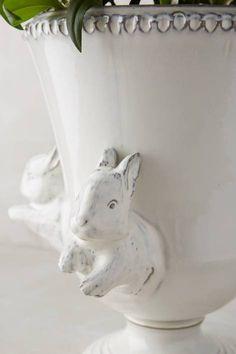 Les Lapin Vase ~ETS #bunnies #rabbits #planter