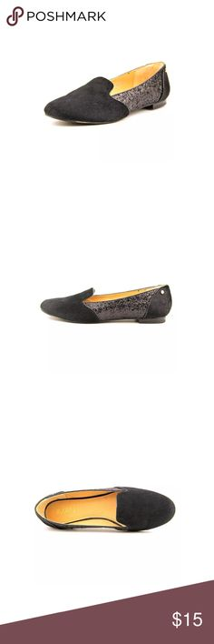Iman flats/loafers Beautiful comfy flats size 7.5 , brand new Iman Shoes Flats & Loafers