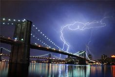 GenCept   Addicted to Designs » » 40+ Outstanding Photographs of Lightning: A Bolt From The Blue