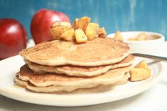 What could be better than starting a fall day with Breakfast Apple Pancakes? Easy and delicious these are sure to please everyone in your household! Apple Pancake Recipe, Pleasing Everyone, Pancakes Easy, Toddler Meals, Healthy Choices, Donuts, Healthy Snacks, Snack Recipes, Food And Drink