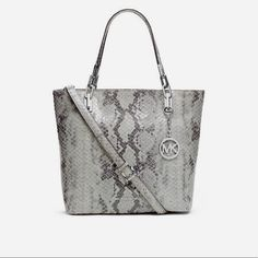 2536 best best michael kors handbags images rh pinterest com