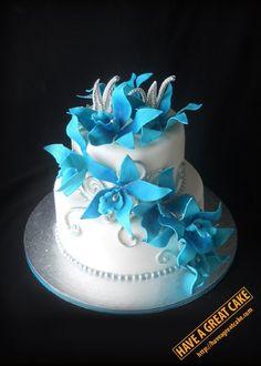 Turquoise-orchid-wedding-cake