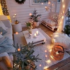 Bohemian Decor Ideas for Outdoor Patio Space Apartment Balcony Decorating, Apartment Balconies, Small Balcony Decor, Small Patio, Balcony Decoration, Outdoor Decorations, Backyard Patio Designs, Backyard Landscaping, Cozy Backyard
