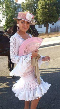 P Flamenco Costume, Flamenco Dancers, Fashion Sewing, Boho Fashion, Womens Fashion, Anniversary Dress, Spanish Dancer, Spanish Fashion, Formal Wedding