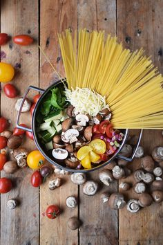 One Pot Sommer Pasta - One Pot Summer Pasta - Famous Last Words Summer Pasta Recipes, Nutrition Guide, Meal Prep, Food And Drink, Veggies, Mad, Lunch, Dinner, Noodles