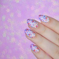 Peach & Cobalt Gradient Floral Nail Art for #WNAC2015 | Lacquerstyle.com | kgrdnr