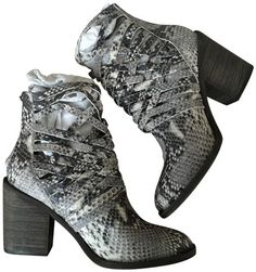 c960abf8d53 Free People Blk Wt Snake Crisscross Caged Basket Weave 38 In Black White  Boots Booties Size US 8 Regular (M