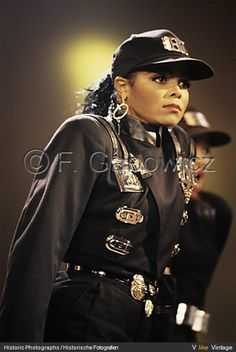 pendule for janet photo JANET JACKSON RHYTHM NATION TOUR 1990 00092694.jpg  sc 1 st  Pinterest & Blast from the Past: Music TV and Film Inspired Halloween Costumes ...