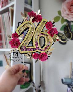 Cricut Banner, Cricut Cake, Birthday Crafts, Birthday Decorations, Birthday Parties, Cute Birthday Pictures, Lego Cupcakes, Faith Crafts, Paper Sunflowers