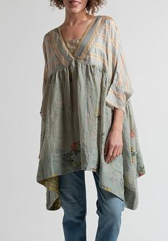Péro Floral & Striped Oversized Top in Ocean/ Natural Indian Fashion, Boho Fashion, Fashion Outfits, Basic Wardrobe Pieces, Simple Kurta Designs, Sewing Blouses, Natural Clothing, Apron Dress, Floral Stripe