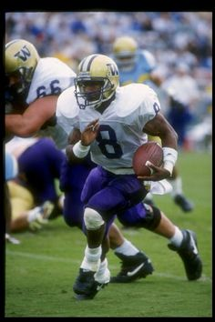 Running back Napolean Kaufmann of the Washington Huskies runs down the field during a game against the UCLA Bruins at the Rose Bowl in Pasadena...