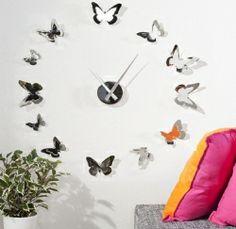 http://www.star-interior-design.com/COMPLEMENTI-Arredo/Orologi/1525-OROLOGIO-da-Parete-FARFALLE-IDEA-REGALO.html