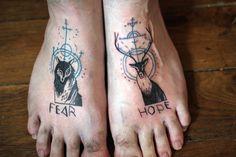 tarmasz tatoue / tattoo foot feet wolf stag deer