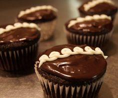 Hostess Cupcakes- copycat recipe!