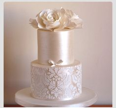 18 Elaborate Fondant Flower Wedding Cakes :heart: See more: www. - 18 Elaborate Fondant Flower Wedding Cakes :heart: See more: www. Fondant Wedding Cakes, Wedding Cake Roses, Wedding Cakes With Flowers, Elegant Wedding Cakes, Elegant Cakes, Beautiful Wedding Cakes, Gorgeous Cakes, Wedding Cake Designs, Pretty Cakes