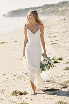 In general, the choice of beach wedding dresses is endless. Such a romantic type wedding is much deserving of a simple sexy wedding dress. Simple Sexy Wedding Dresses, Beautiful Dresses, Hawaiian Wedding Dresses, Bride Dress Simple, Long Sleeve Wedding, Wedding Dress Sleeves, Bridal Gowns, Wedding Gowns, Wedding Ceremony