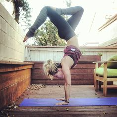 6 Most Effective Yoga Poses for a Flat Stomach Yoga goals-this photo