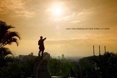 Cali, Una Sonrisa de Dios sobre la Tierra - Mario Carvajal