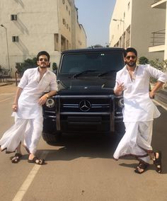 chaitanya akkineni on The new cool jr & sr Wedding Kurta For Men, Wedding Dress Men, Wedding Men, Wedding Suits, Wedding Attire, Mens Indian Wear, Indian Men Fashion, Indian Man, Mens Fashion