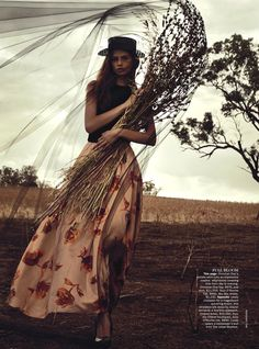 CASSI VAN DEN DUNGEN BY WILL DAVIDSON FOR VOGUE AUSTRALIA APRIL 2013
