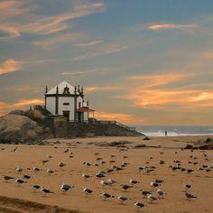 Foto constante do site: http://www.visitoporto.blogspot.com/ mirar-me - Gaia - Porto Portugal   (Photo Pedro Moreira)