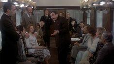 """""""Crimen en el Expreso de Oriente"""" (""""Murder on the Orient Express"""", 1974). Dir. Sidney Lumet. Stars: Albert Finney, Lauren Bacall, Ingrid Bergman."""