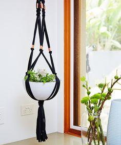 Macreme hanging pots