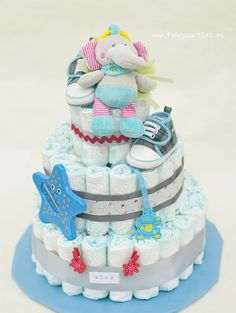 Baby boy Diaper Cake by www.fancyparties.es #diapercake