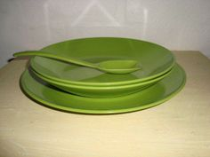 Rosti Danish design retro plates from the 60s made in melaminplastic and designed by Bjørn Christensen. Rosti retro tallerkener fra 60'erne. #Rosti #Danish #dansk #design #retro #plates #60s #tallerkener #melamin #kitchenware