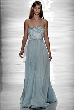 REPIN this Reem Acra look and it could be yours to rent next season on Rent the Runway! #RTRxNYFW