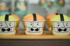 football player cupcakes