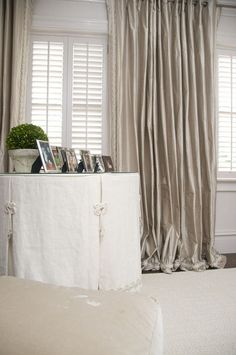 fitted linen table skirt