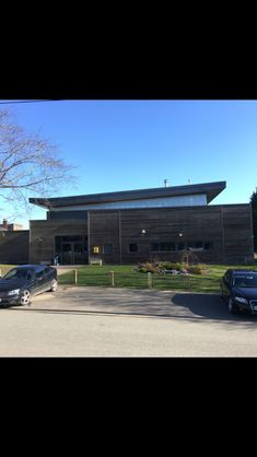 Modern building in Shrewsbury school
