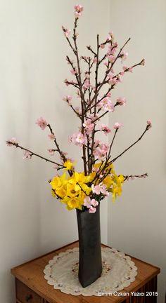 Evrim's Ikebana Journey: Japanese Girls Festival, Peaches and Narcissus