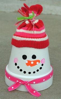 flower pot decor for 2013 christmas, flower pot snowman for 2013 christmas home decor #pastel #pink #christmas www.loveitsomuch.com