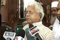 Why doesn't Mamata Banerjee become president, asks sarcastic Lalu