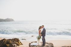 Ericeira wedding photographer. www.jesuscaballero.com Ireland to Portugal. #ericeira #portugaldestination #irishcouple #smallwedding #intimatewedding #ellope #elopement #lovellope #elop #vows