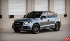 Photoshoot of Audi SQ5 on VFS1 Wheels